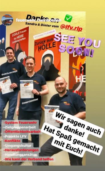 """Zufriedene Teilnehmer des Seminars """"Mehr Menschen für die Feuerwehr""""."""